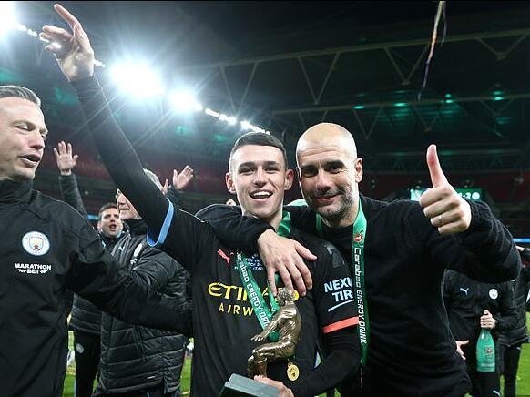 Guardiola: este jugador del Manchester City puede tocar el cielo