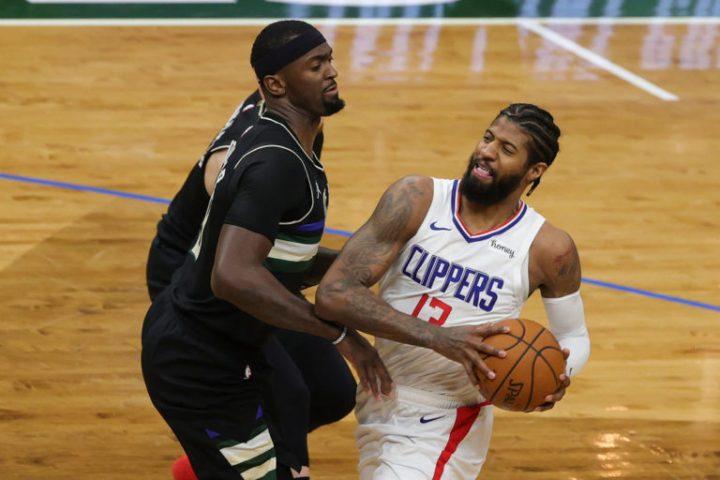 Paul George recibe una fuerte multa financiera de la NBA por criticar el arbitraje